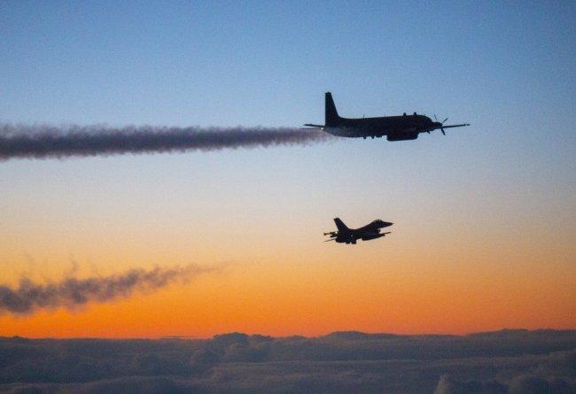 Норвежское министерство обороны обнародовало снимки российских военных самолётов