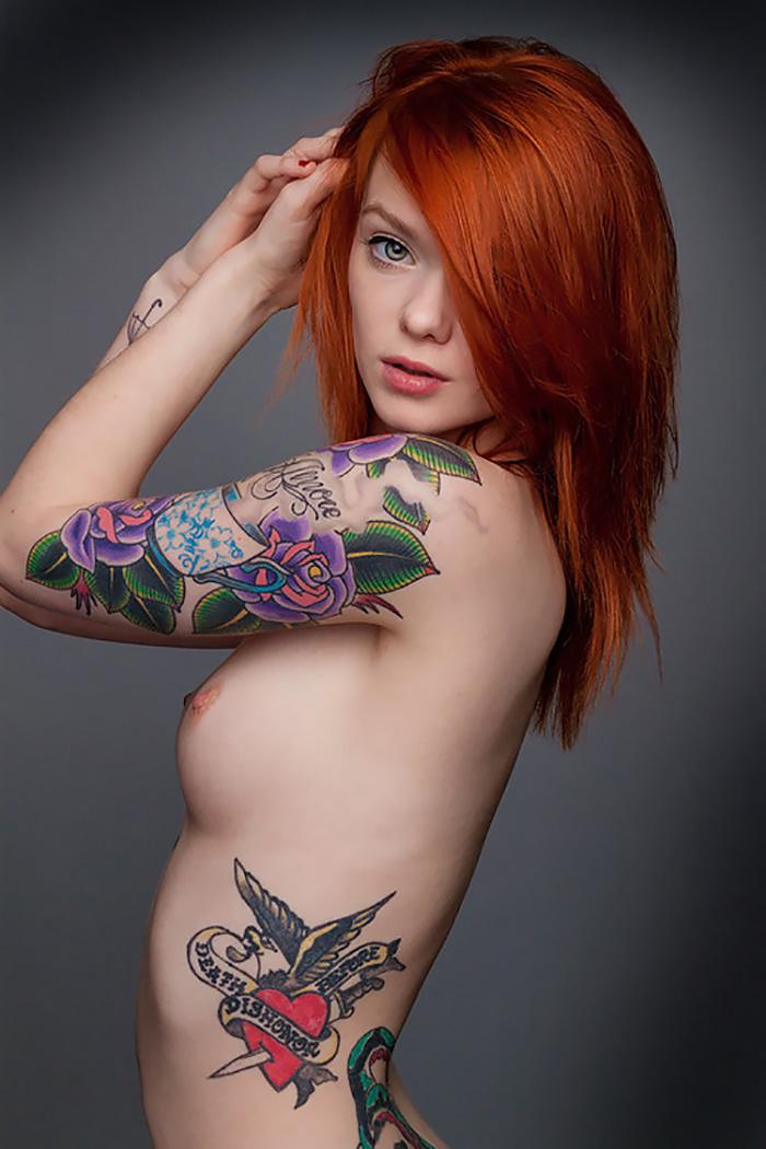 меня пропустил порнозвезда рыжая с тату на плече если
